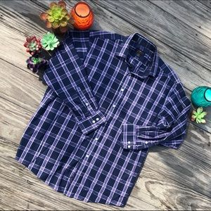 Men's blue plaid Club Room dress shirt.